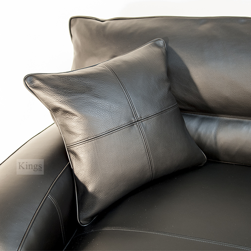 Duresta Upholstery Grand Panther Sofa in Nero Black Leather. 3